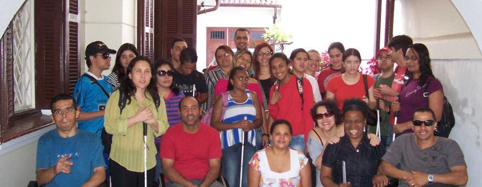 Ausbildung für arme, körperbehinderte und blinde Kinder