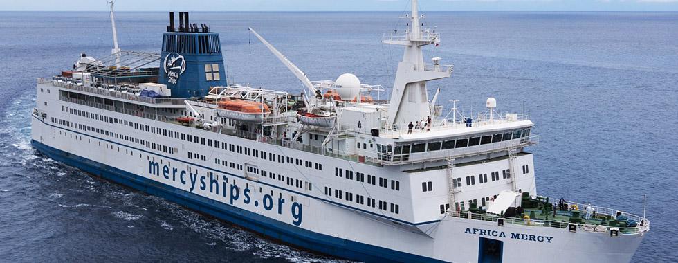 """Orthopädische Behandlung von Kindern aus Afrika auf dem Hospitalschiff """"M/S Africa Mercy"""""""